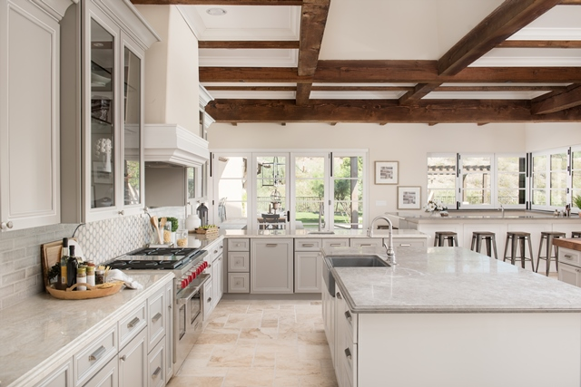 Design Spotlight Santa Barbara Meets Paradise Valley In House